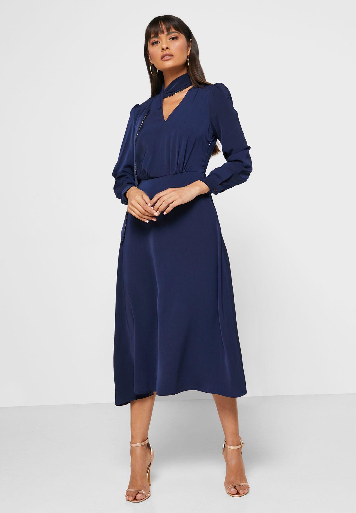 فستان ميدي مع اربطة عنق