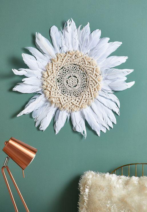 White Gerbera Daisy Macrame