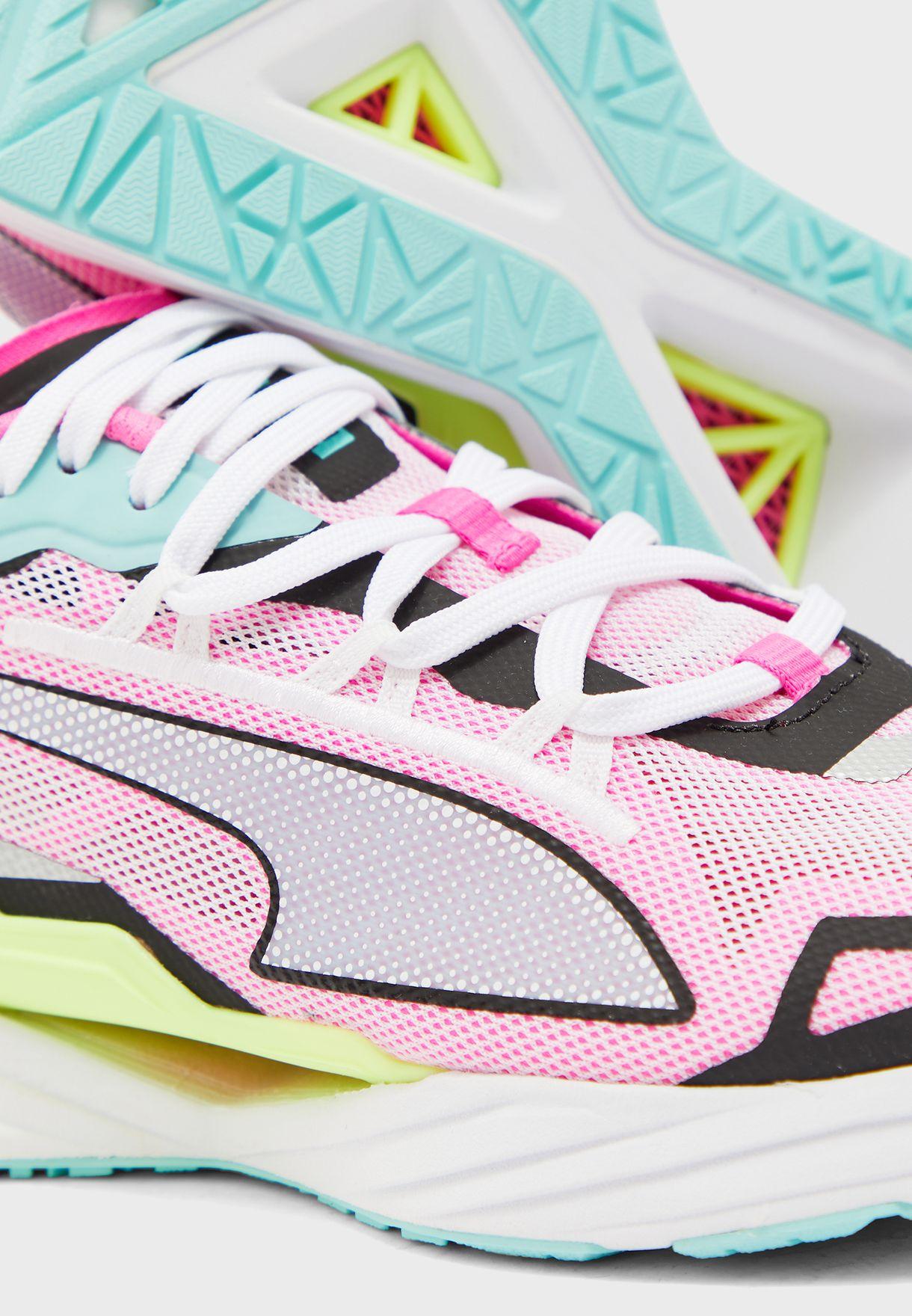 حذاء الترا رايد
