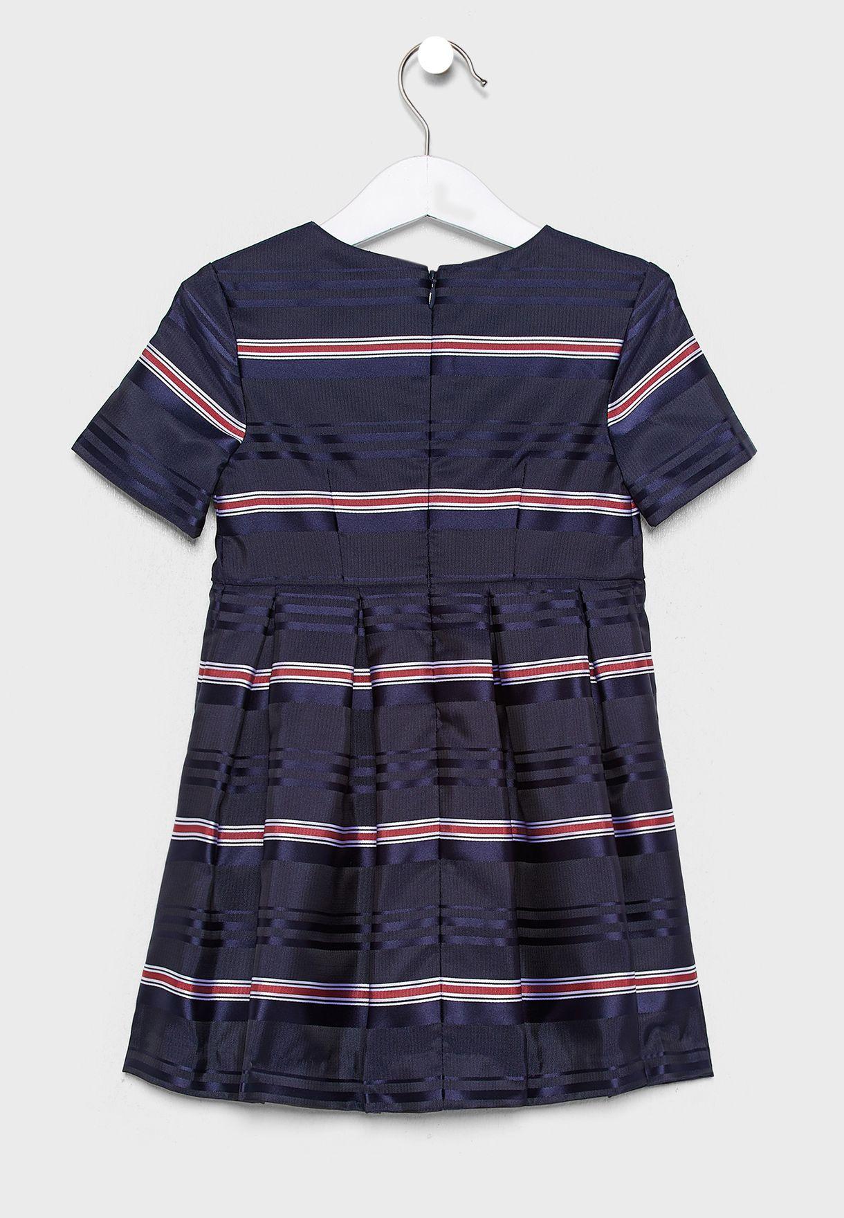 فستان مخطط + سروال لتغطية الحفاض