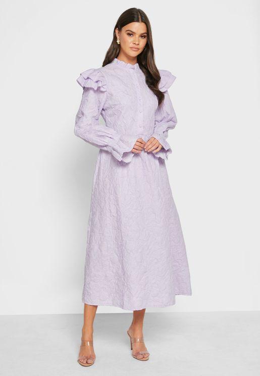 فستان بكشكش عل الاكتاف
