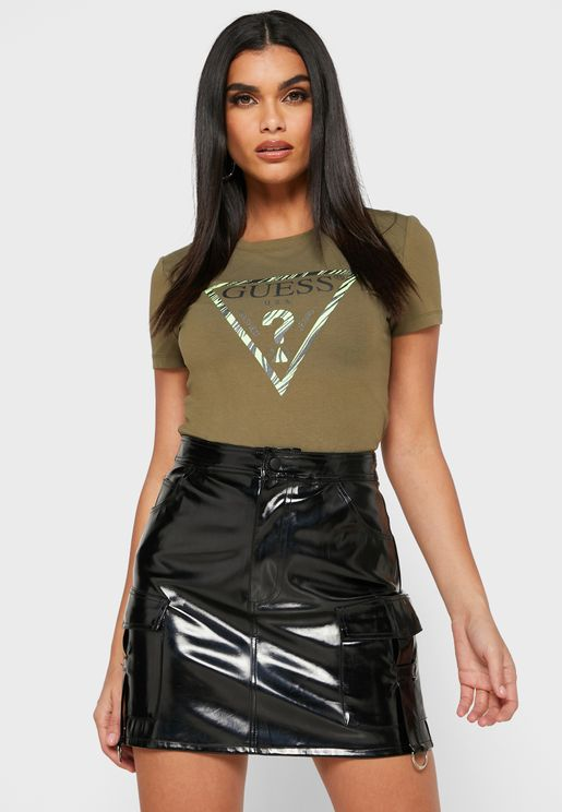 Graphic Logo Top