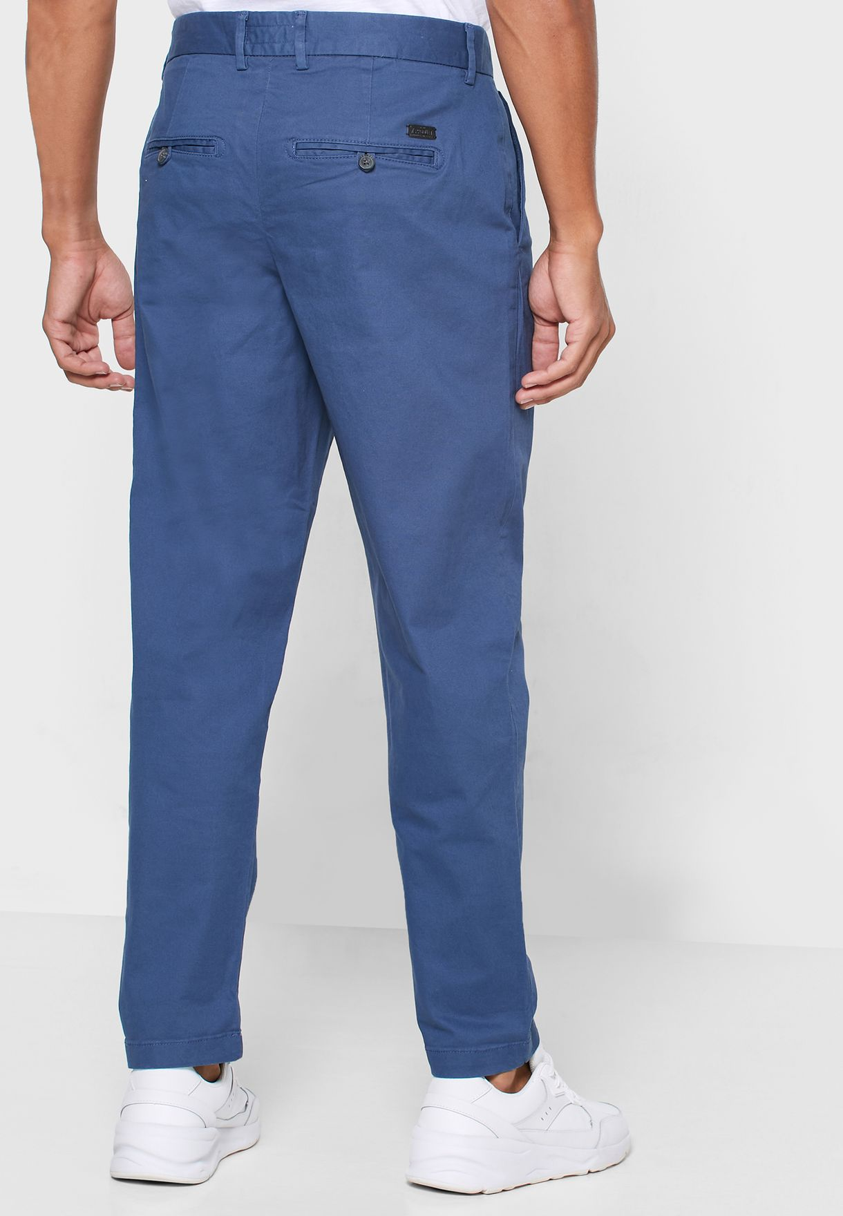 Hardy Slim Fit Chinos