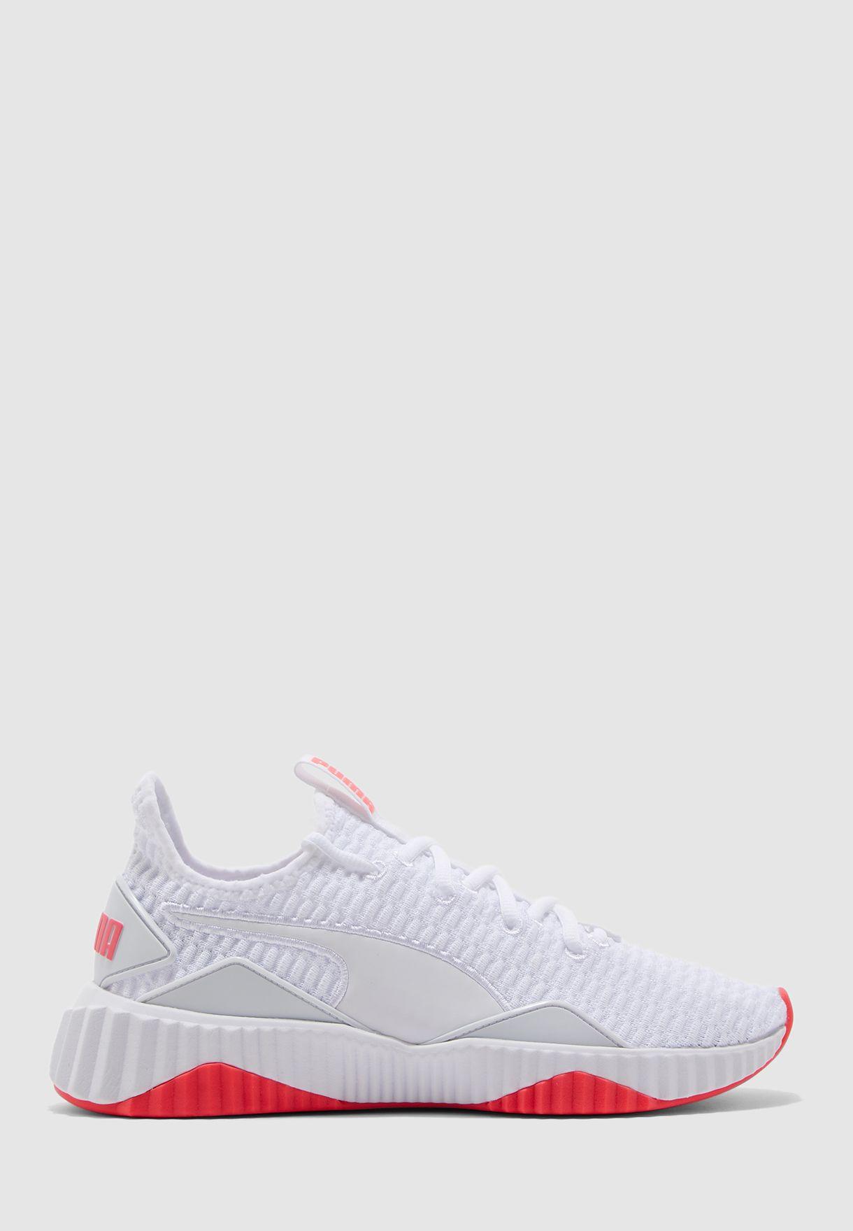 faire les courses pour site réputé Chaussures 2018 Defy