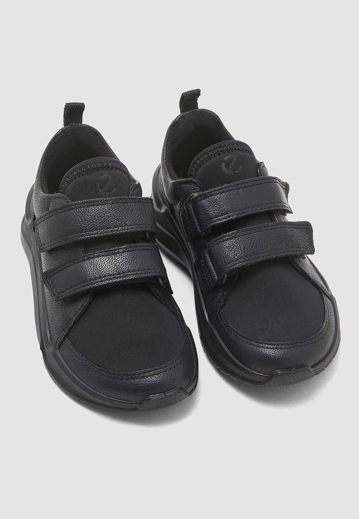 Kids Intervene Sneaker