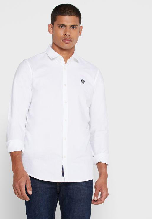 قميص من مجموعة بينج هيومان X سلمان خان