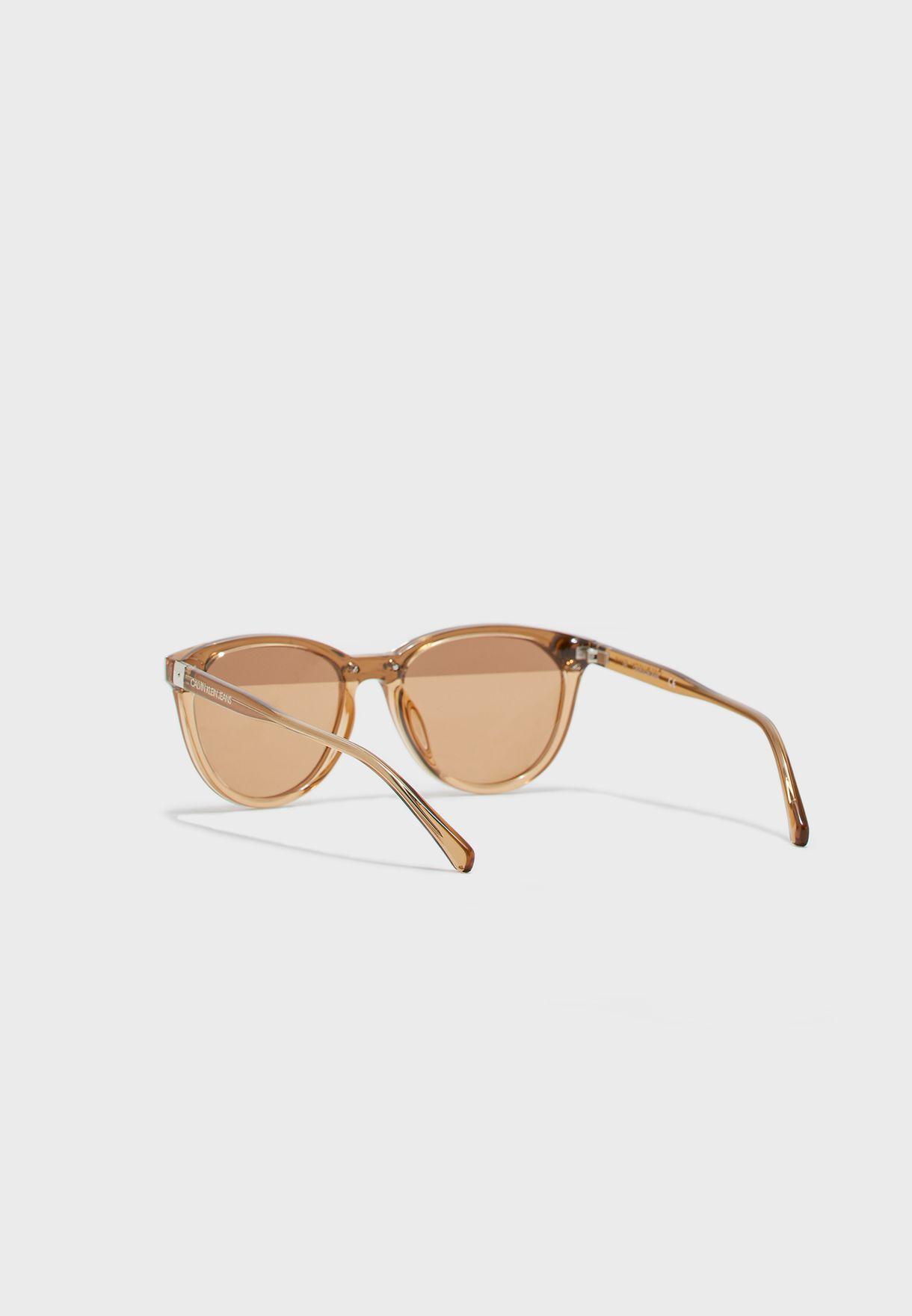 نظارة شمسية بيضاوية