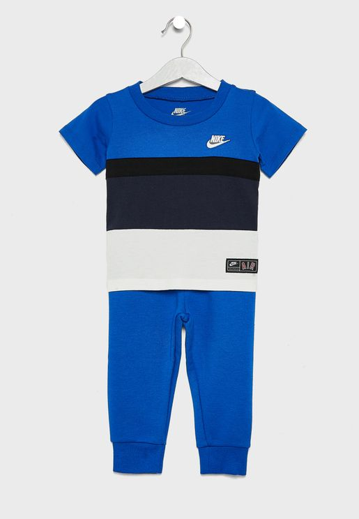 3fc01dc70792 Nike Collection for Kids