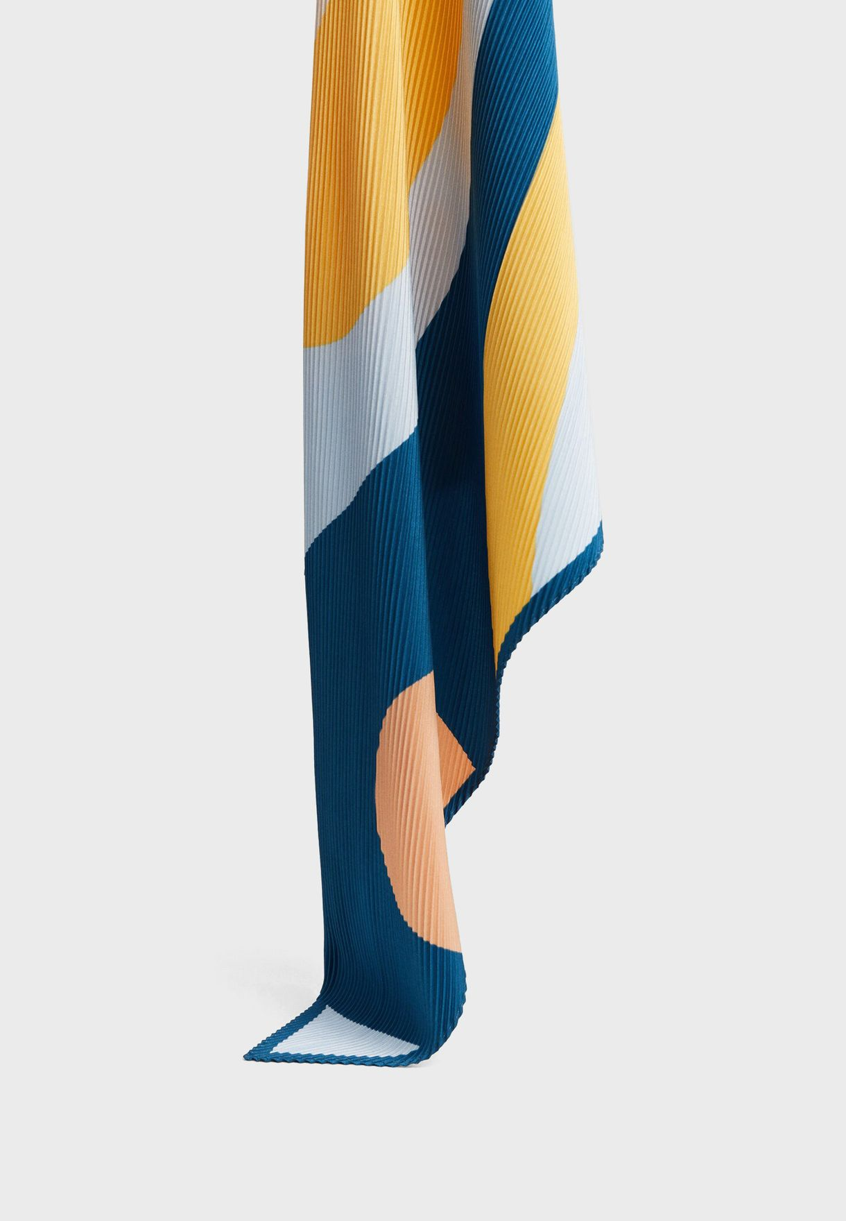 Abstract Scarve
