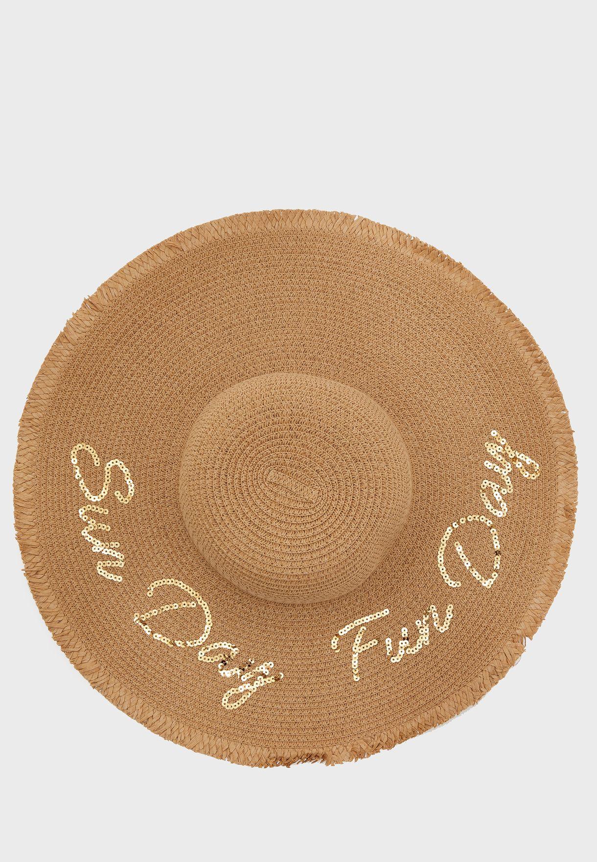 قبعة قش مزينة بترتر