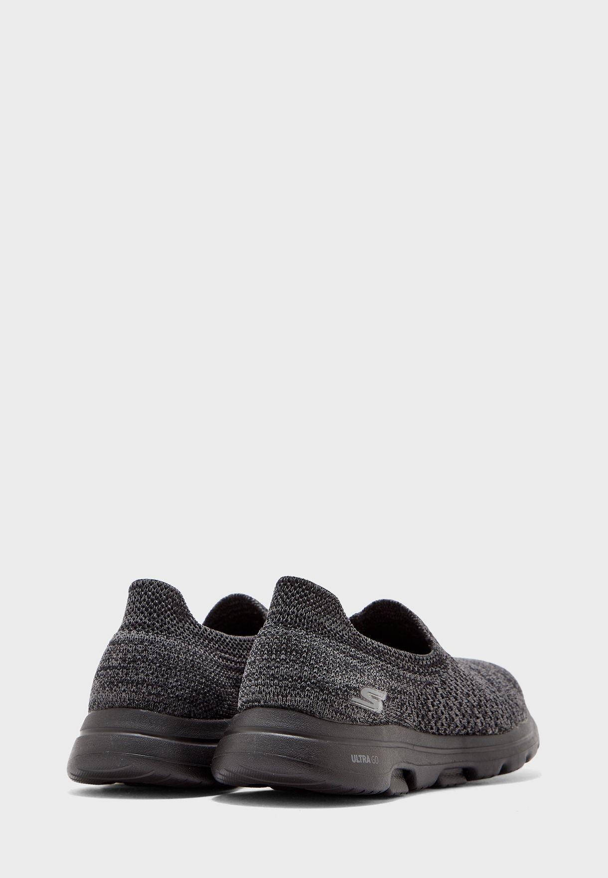 حذاء جو ووك 5