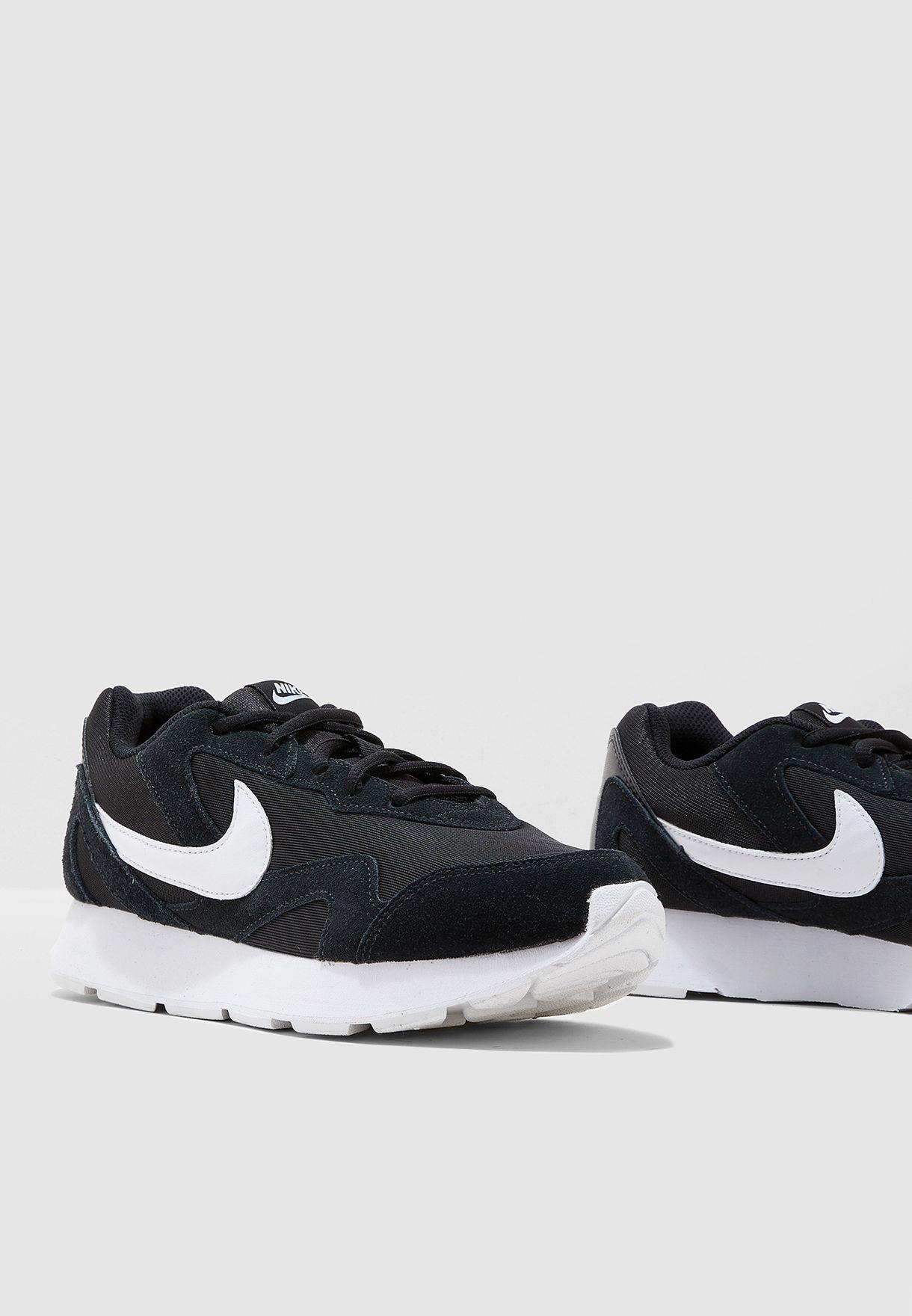 cb8db6979a4 Shop Nike black Delfine CD7090-001 for Men in Qatar - 72704SH41TRP