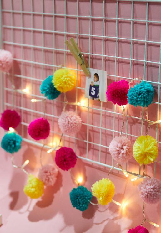Pom-Pom String Light