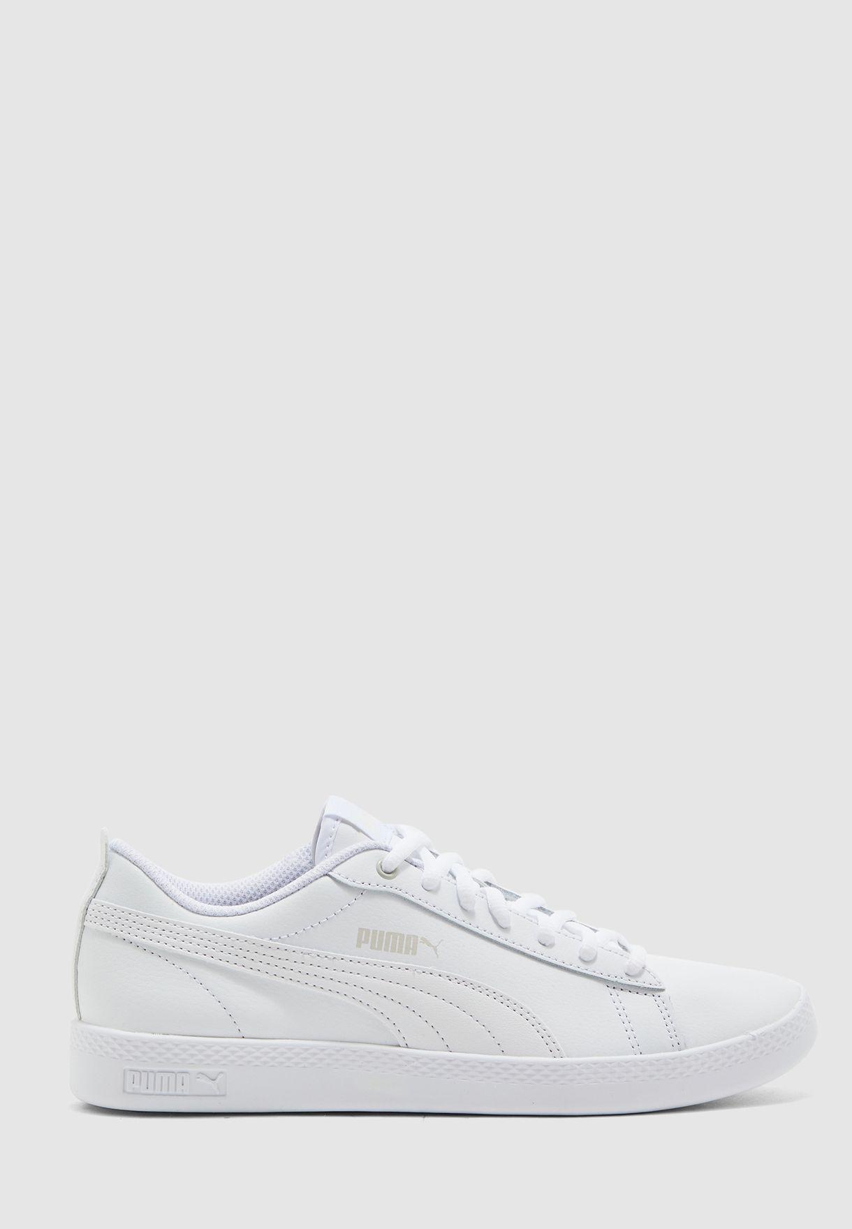حذاء سماش في 2