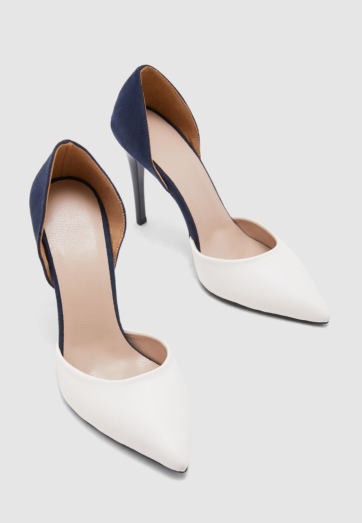 Pointed Toe Pump - White