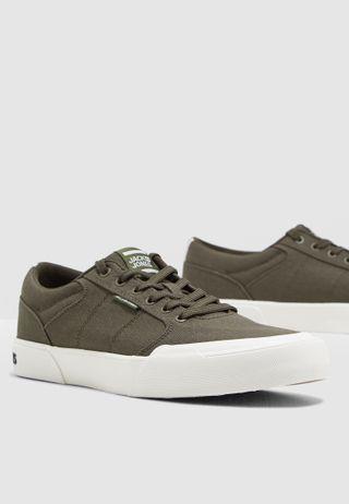 567d69509e5ca5 Shop Nike green Jordan DNA LX AO2649-301 for Men in UAE - NI727SH88MBZ