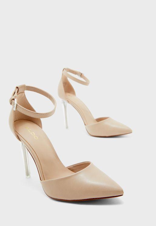 حذاء بكعب العالي