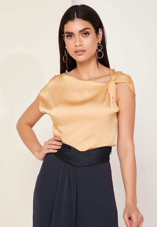 Me Trinny Twisted Shoulder Top