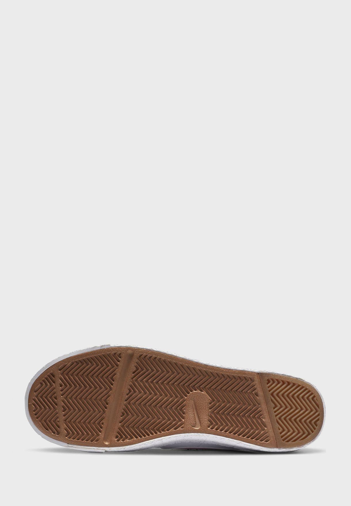 حذاء بليزير لو