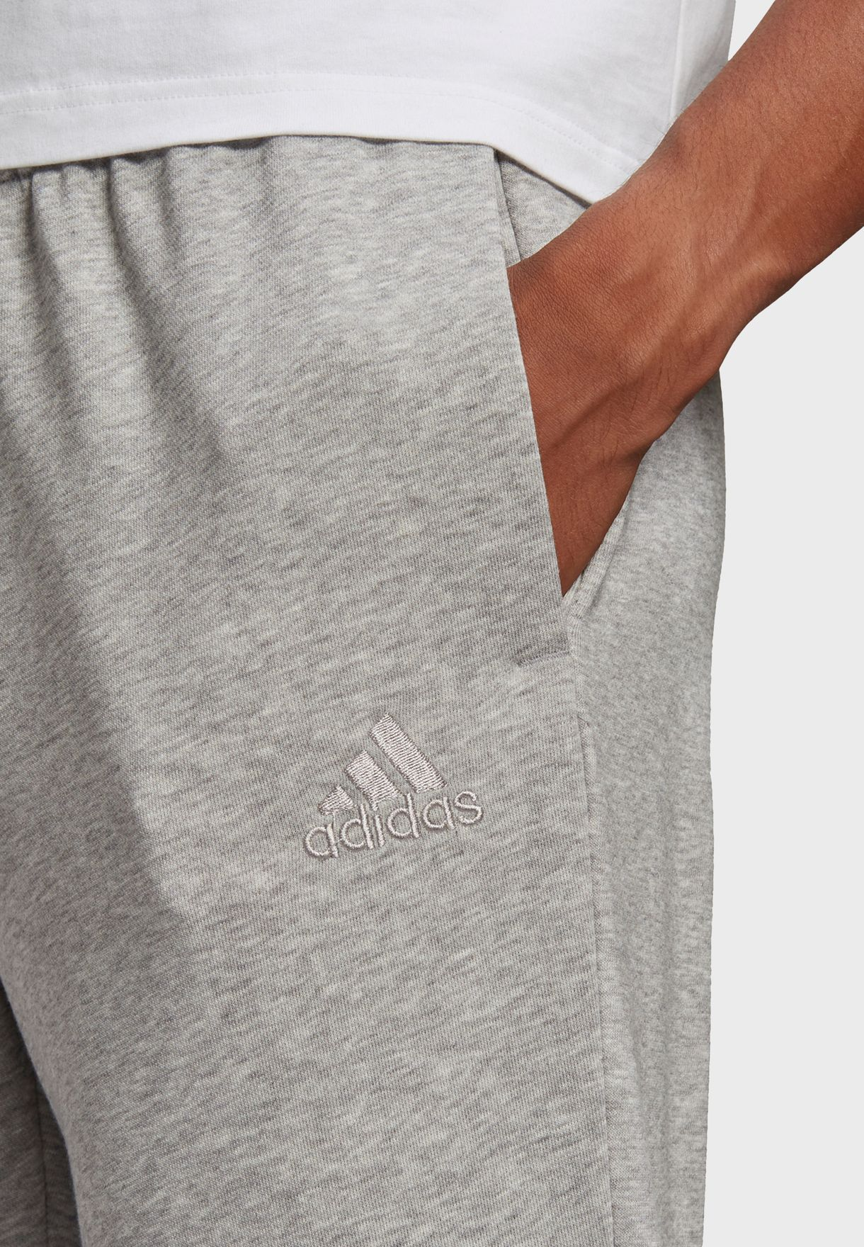 Essential Logo Sweatpants