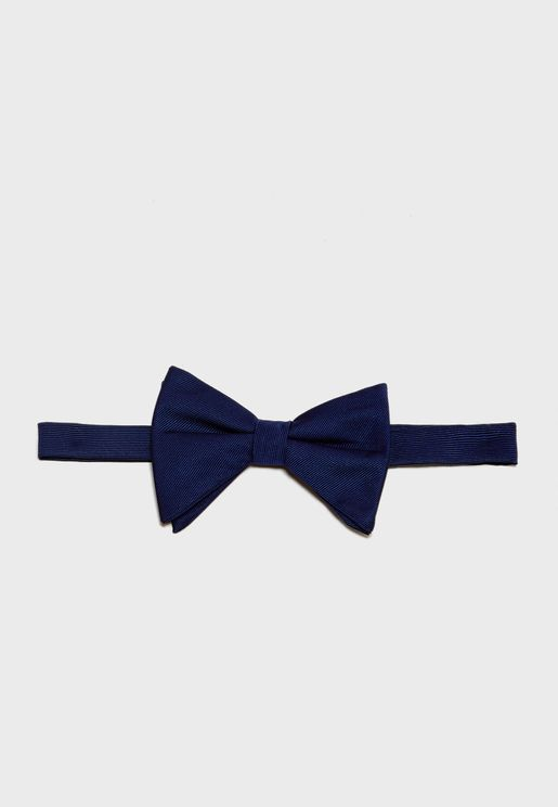 Droopy Bow Tie