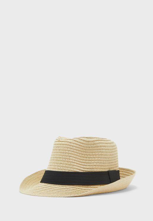 قبعة من القش