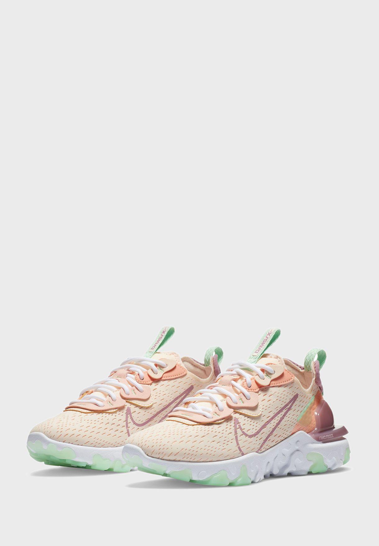 حذاء رياكت فيجين