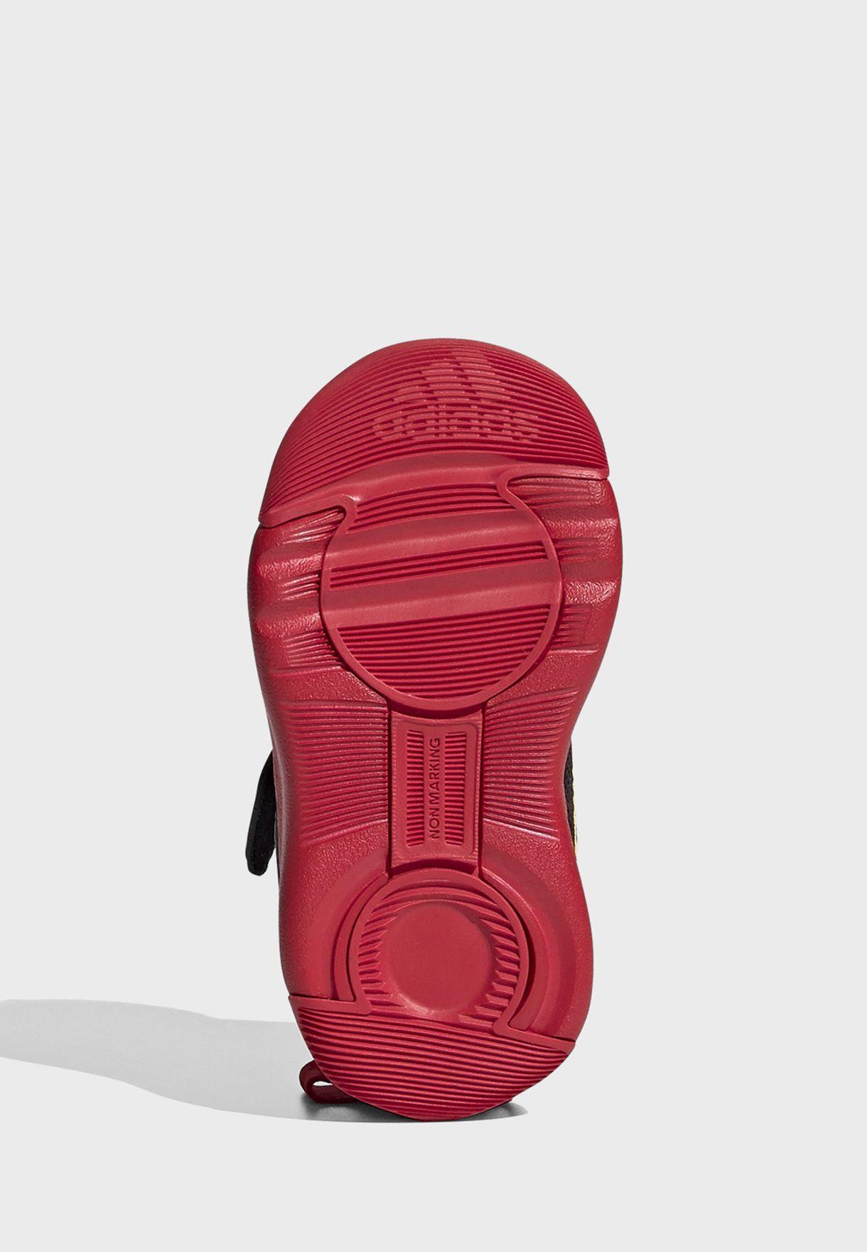 حذاء بطبعة ميكي