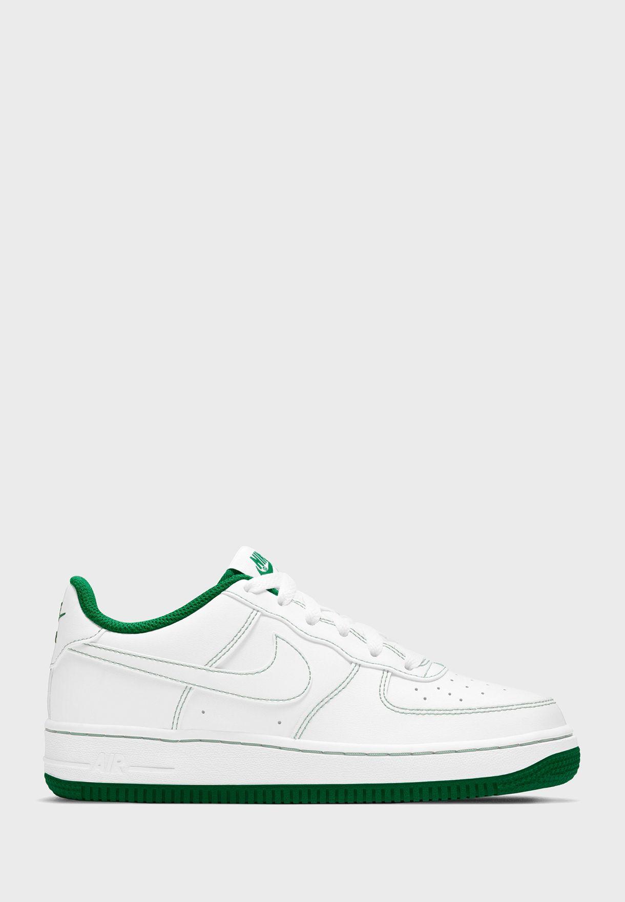 حذاء اير فورس 1 ستيتش