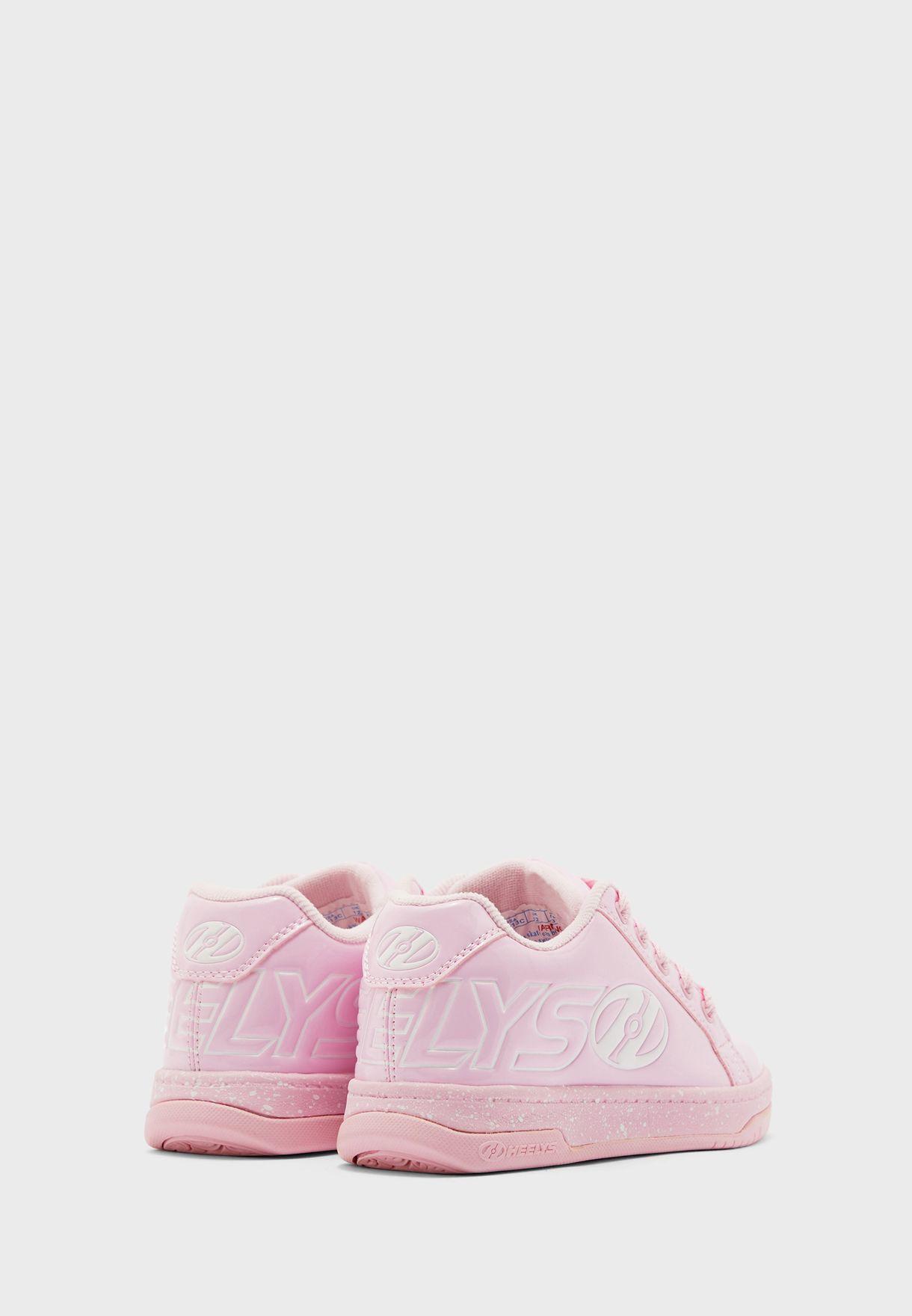 حذاء سنيكرز بعجلات قابلة للازالة