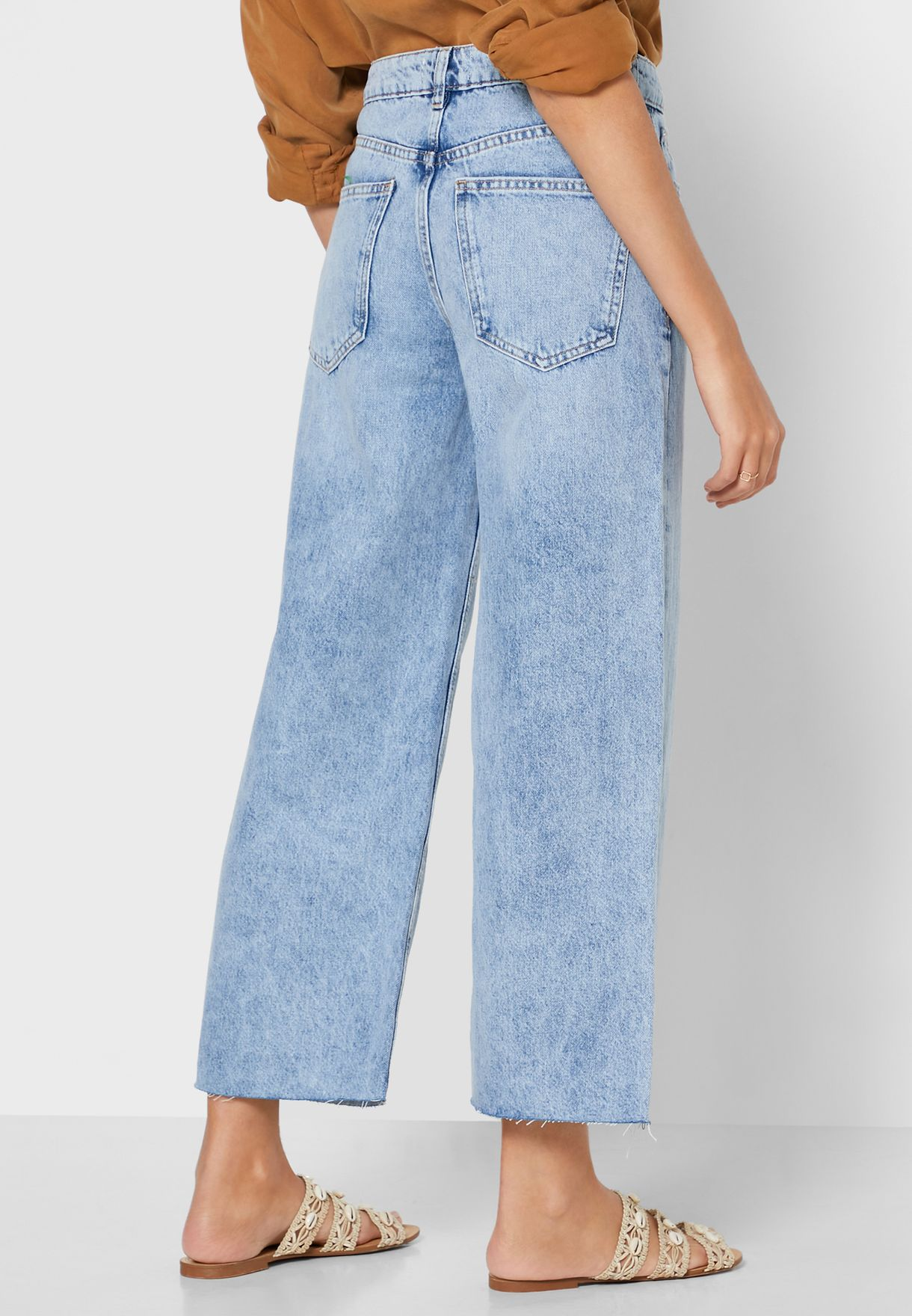 Wide Leg Rough Hem Cropped Jeans