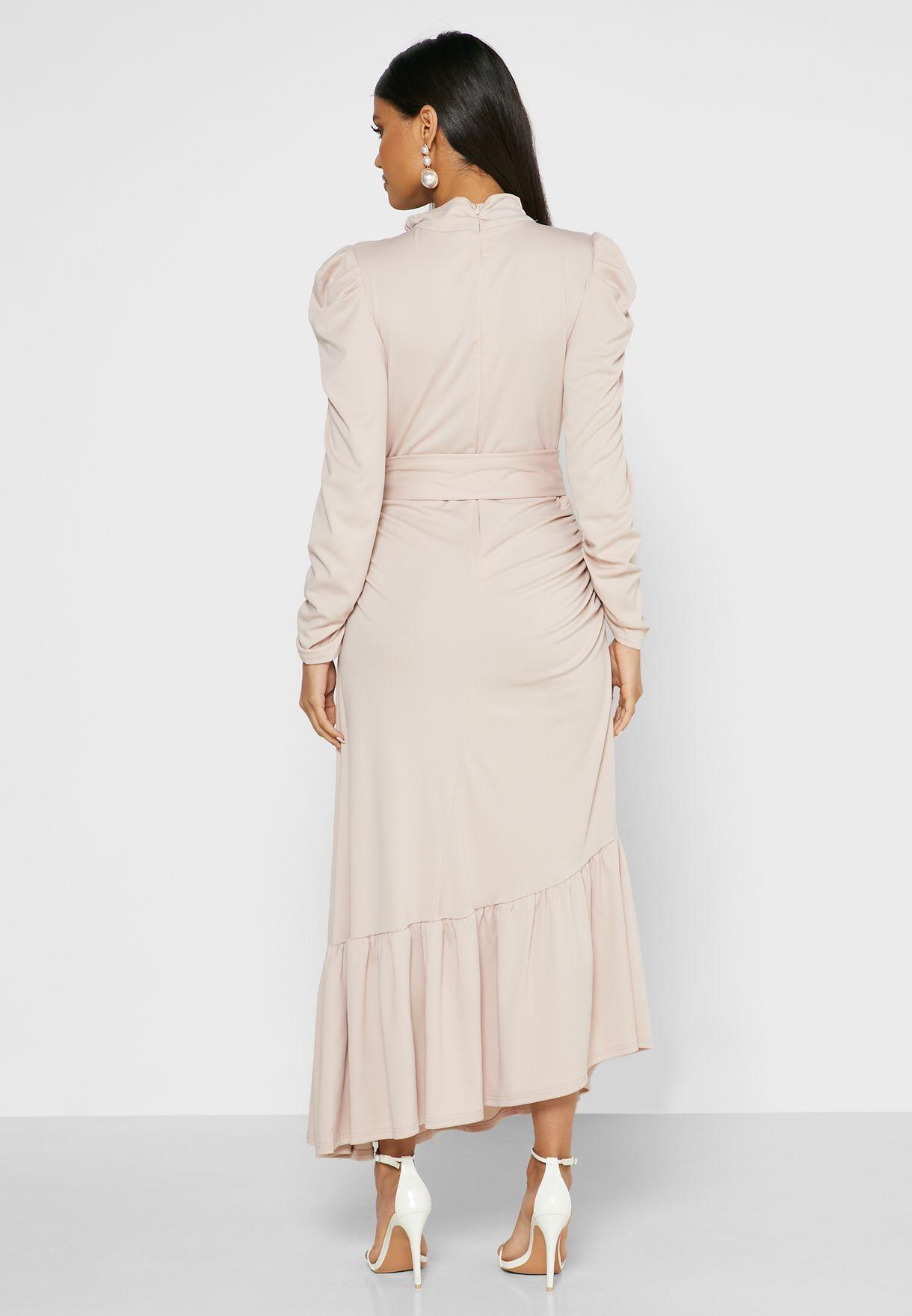 فستان ماكسي بحافة كشكش