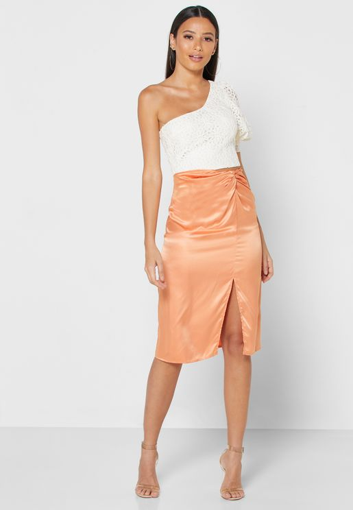 Twisted Front Waist Midi Skirt