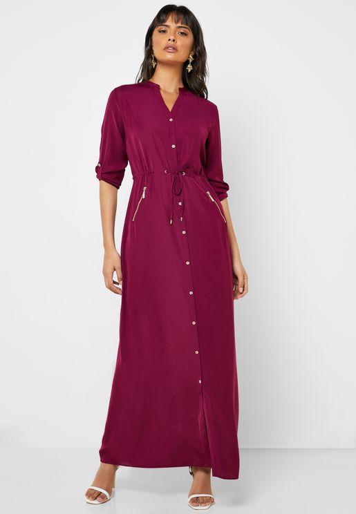 فستان بأزرار وأربطة على الخصر