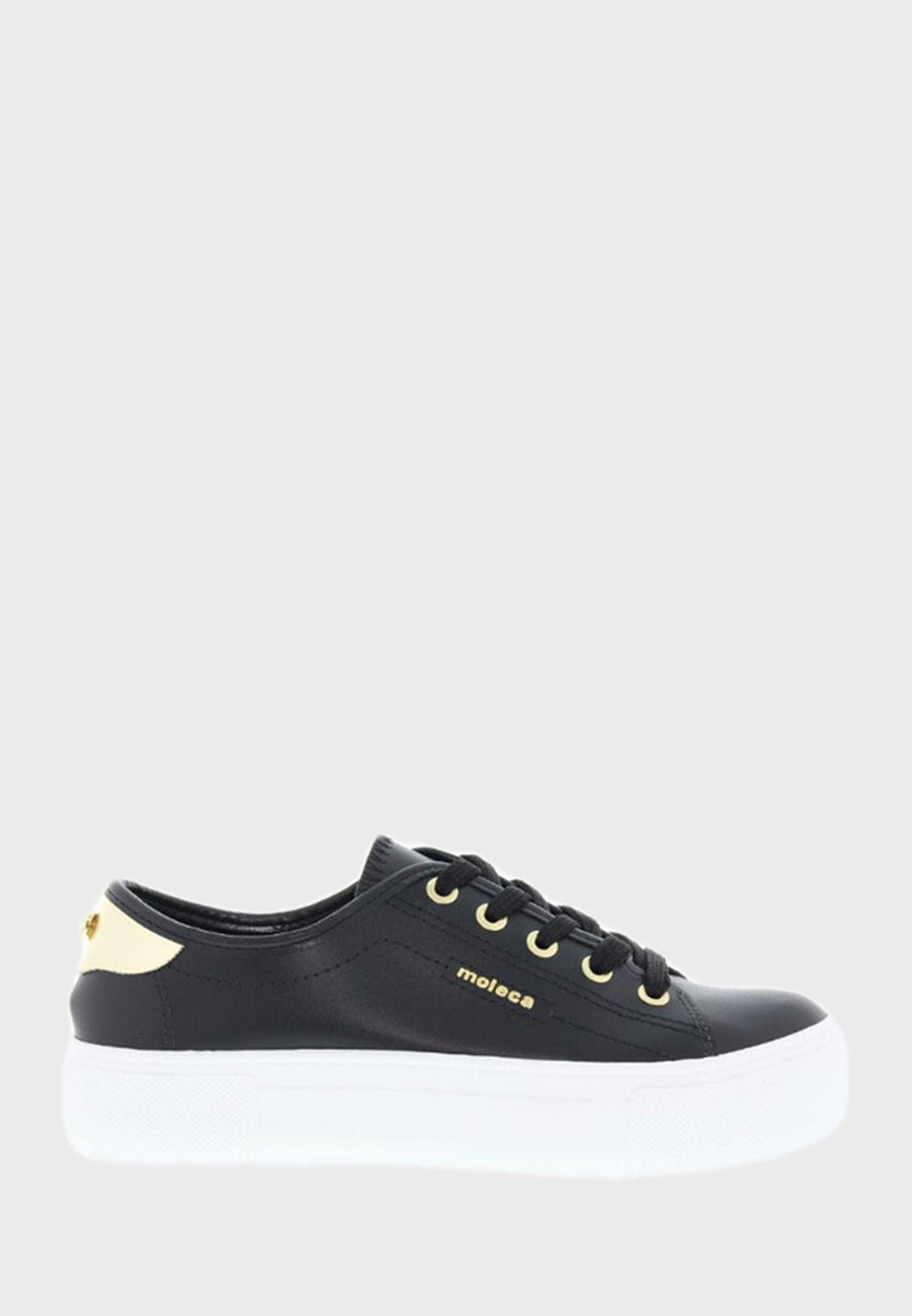 Henley Low-Top Sneakers