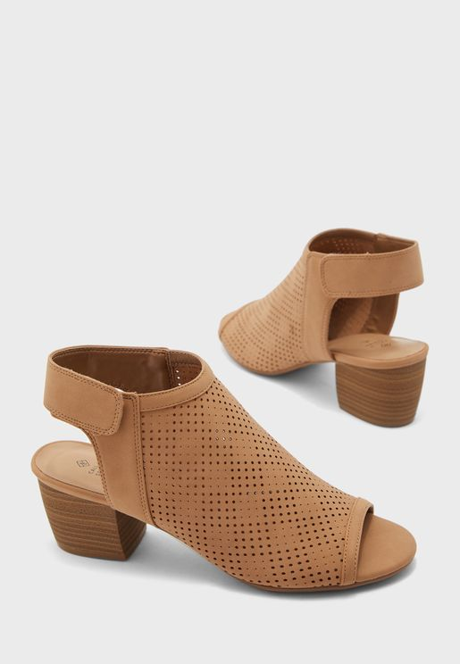 Greillan Mid Heel Sandal