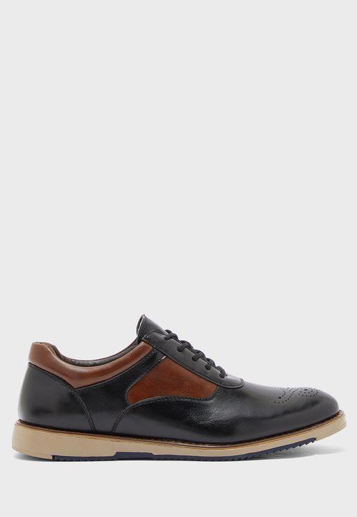 حذاء بروغباربطة