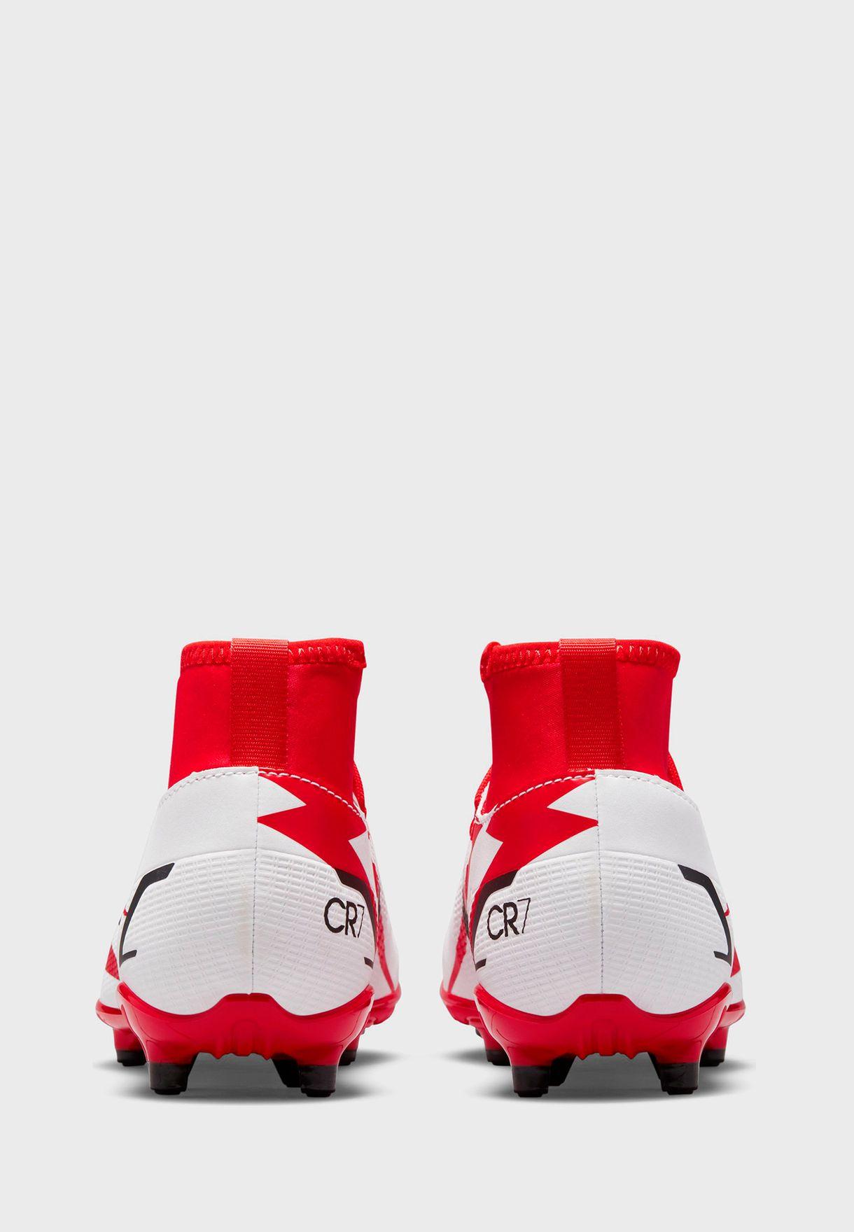 حذاء سوبرفلاي 8 كلوبسي ار 7 للارض الصلبة