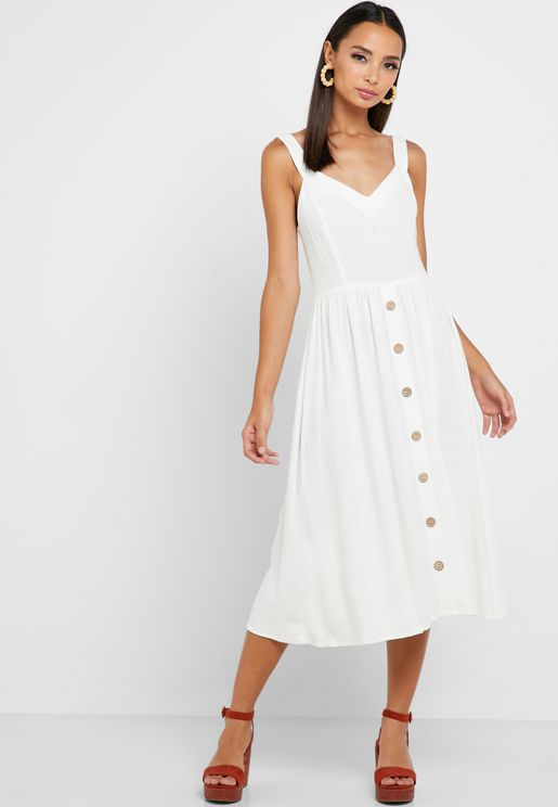 فستان مزين بازرار امامية