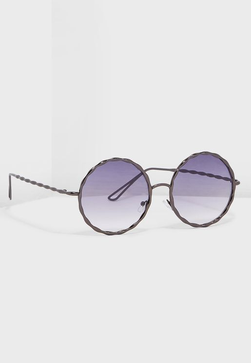 20156b82ff Round Sunglasses With Hammered Metail Detail