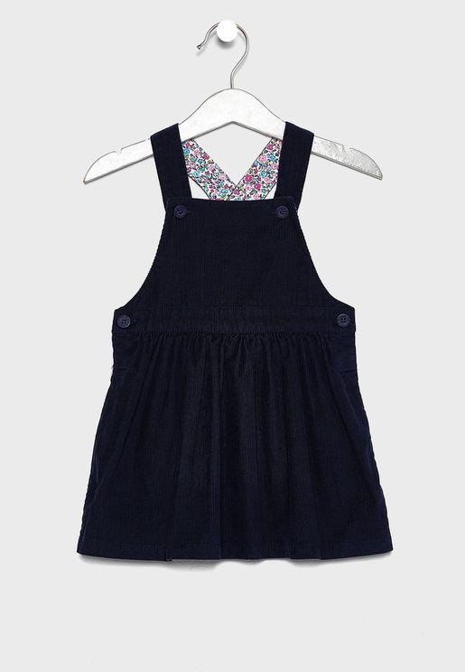 فستان بحمالات ظهر متقاطعة