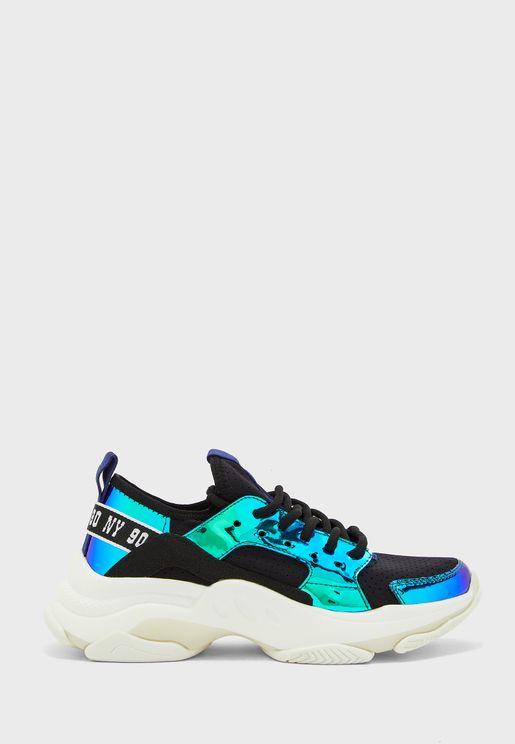 Ajax Low Top Sneaker