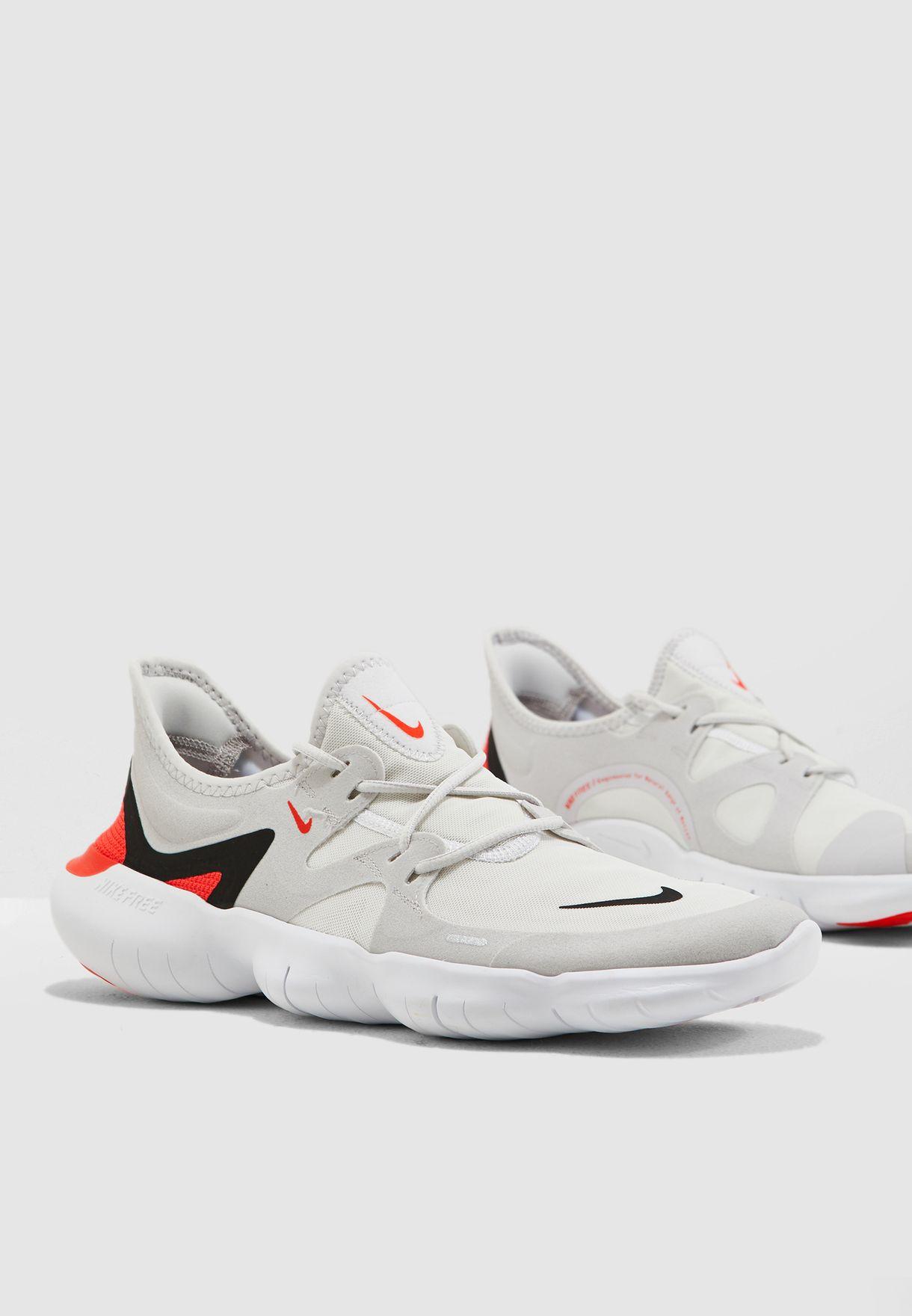 be3f50749a51b Shop Nike grey Free RN 5.0 AQ1289-004 for Men in UAE - 72704SH71HXP