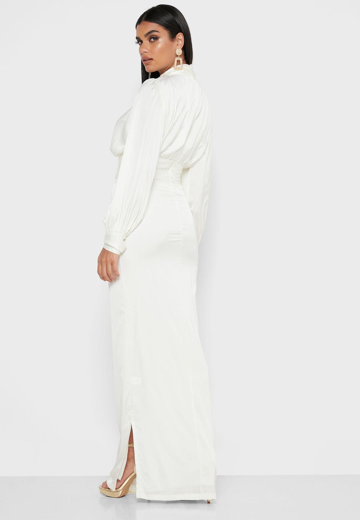 فستان ساتان ماكسي بياقة عالية