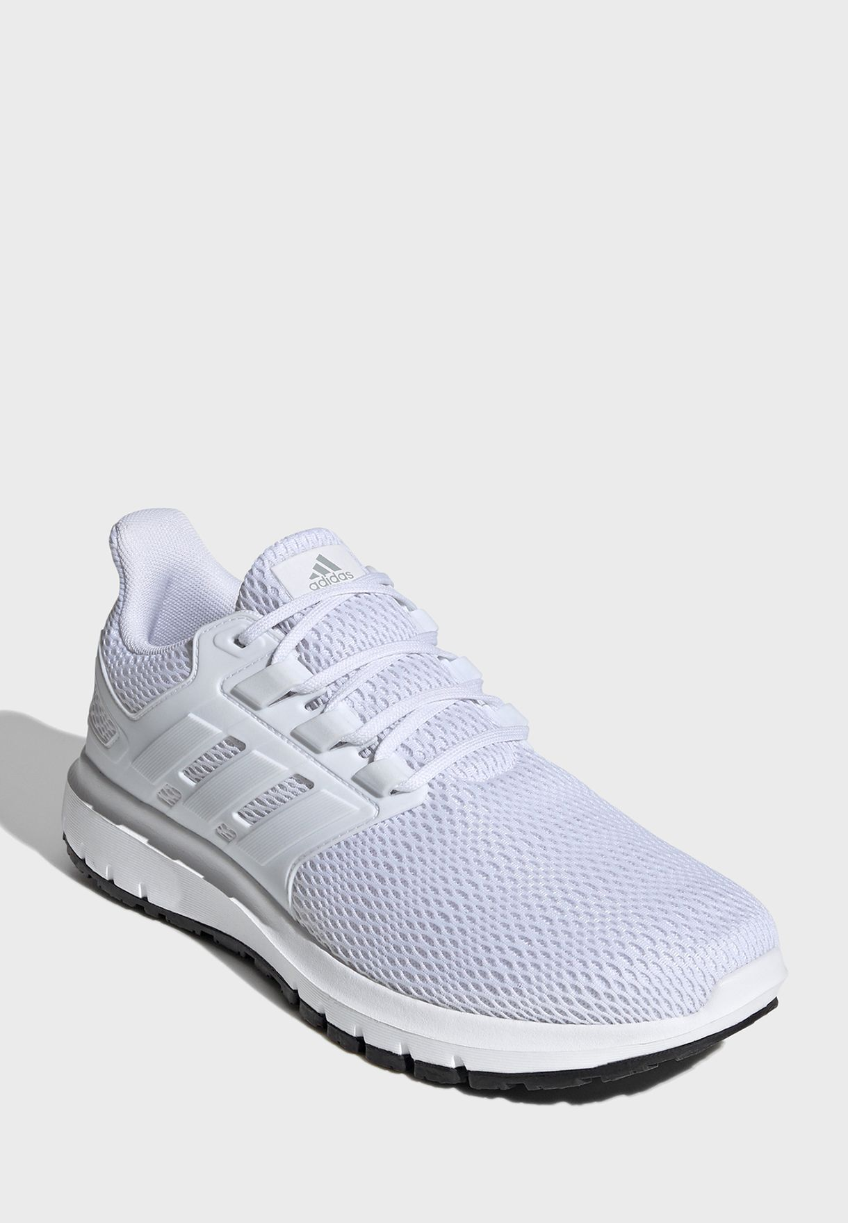 حذاء التيما شو