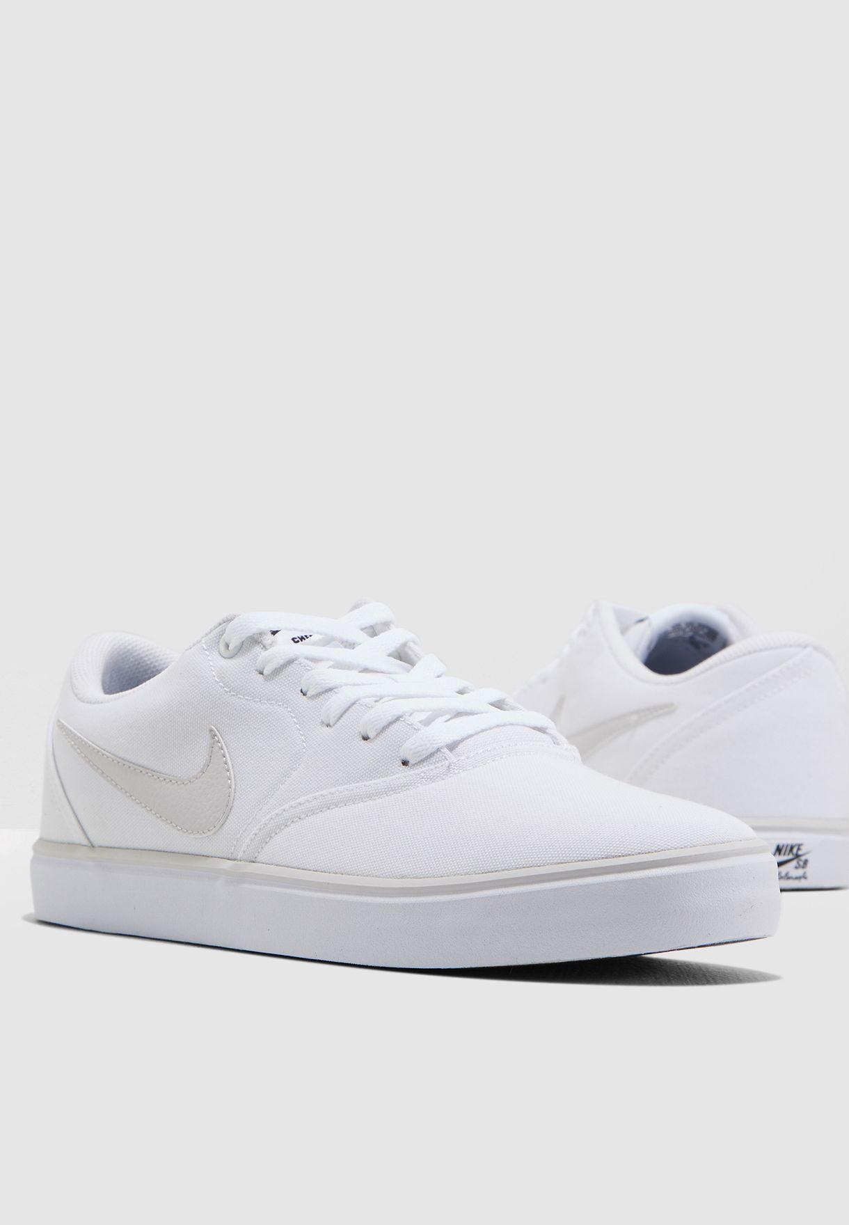 Buy Nike white SB Check Solar CNVS for