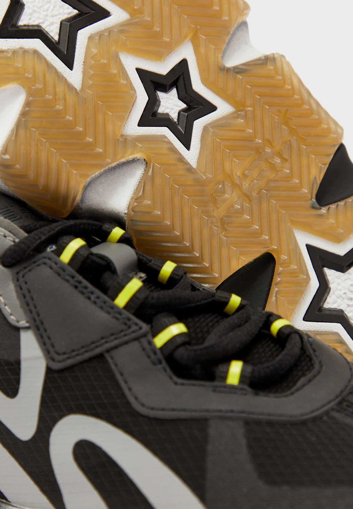 Exit Low Top Sneaker