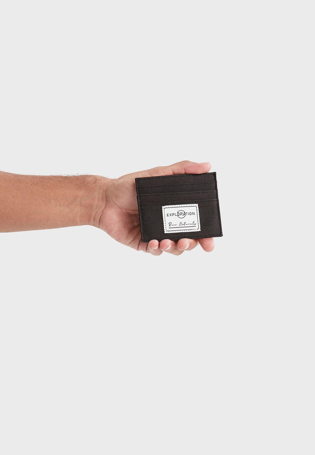حافظة بطاقات بفتحات متعددة