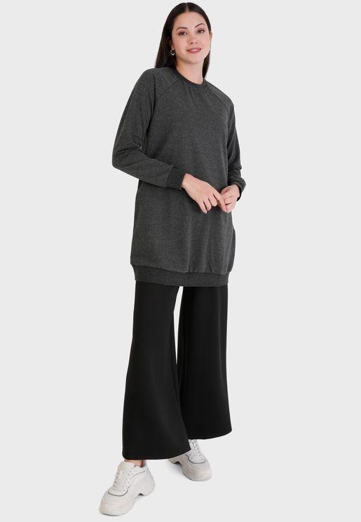 Round Neck Knitted Sweatshirt