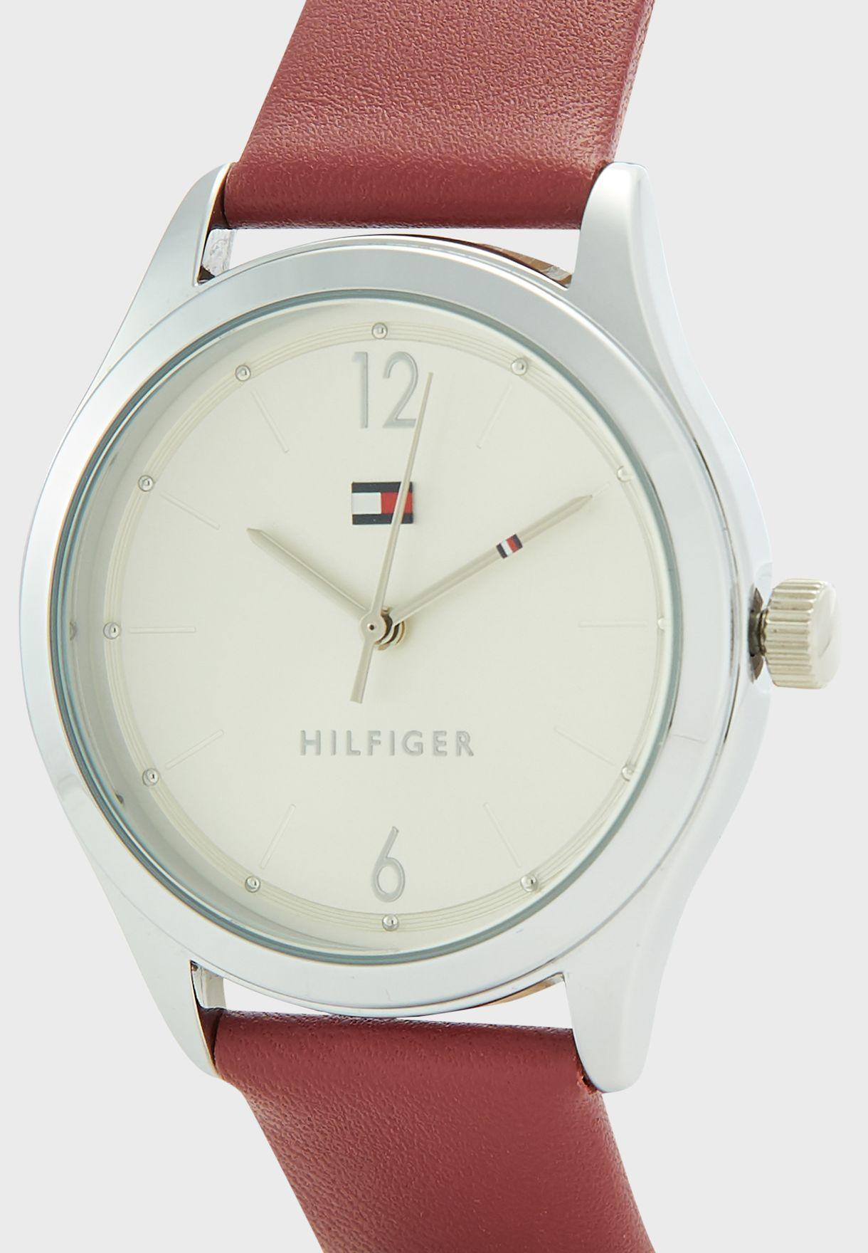 1782310 Analog Watch